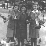 Lillian (right) with friends in Trafalgar Square (1940s)