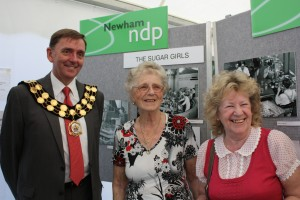 Mayor of Newham Sir Robin Wales with Gladys and Eva